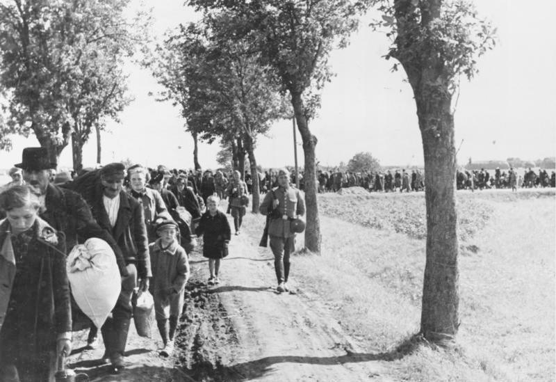 II wojna światowa: wysiedlanie Polaków z Kraju Warty. Fot. ze zbiorów Bundesarchiv.